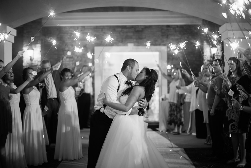 1196_Josh+Lindsey_WeddingBW.jpg