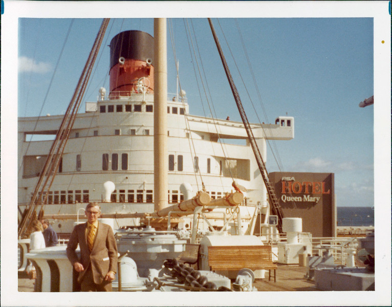1973 Arch Queen Mary.jpg