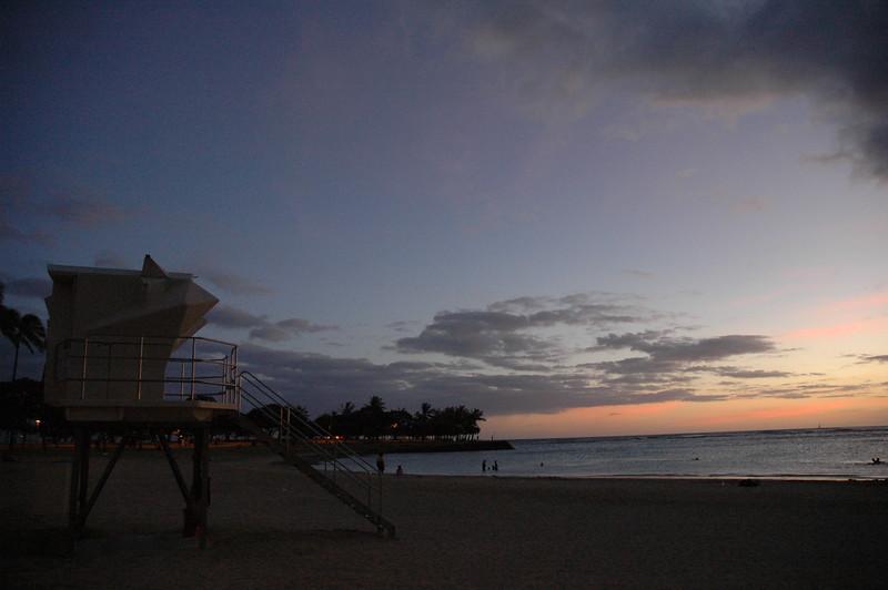 Hawaii - Ala Moana Beach Sunset-202.JPG