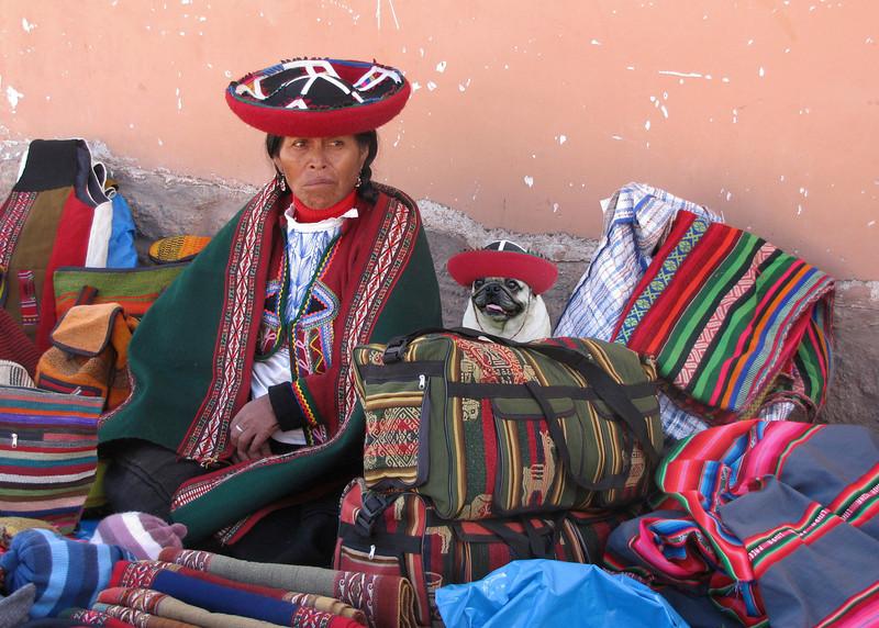 QUECHUA LADIES - CHINCHERO, PERU
