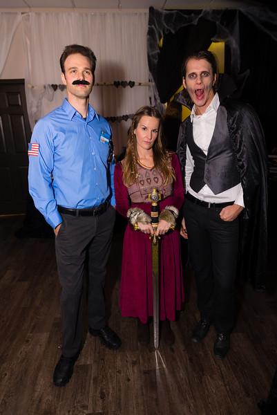 2015-10-20_MWN_HalloweenMixer_AaronLam032.jpg