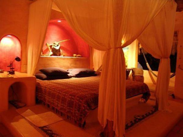 BedCanopy.jpg