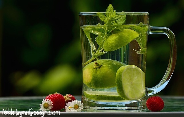 Lime Infused Water Recipe - Contains magnesium which will help with absorption of calcium for fat burning.