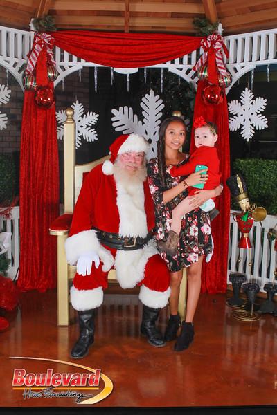 Santa 12-10-16-362.jpg