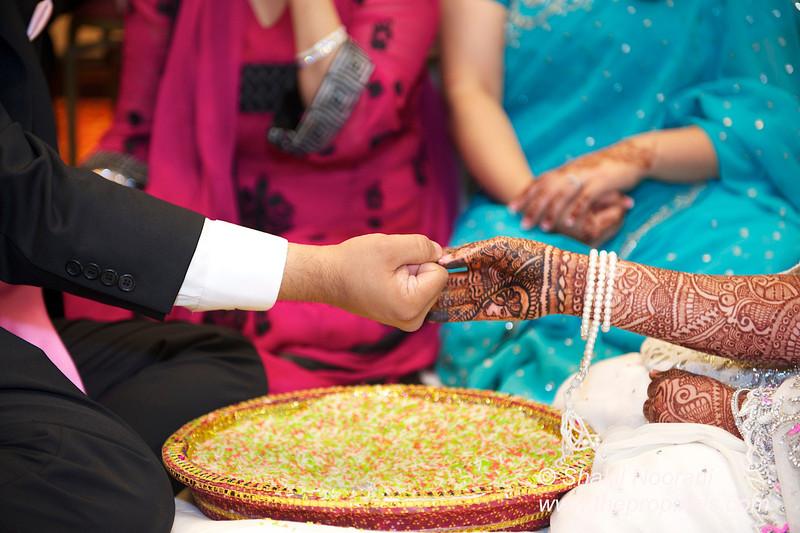 Naziya-Wedding-2013-06-08-01910.JPG