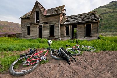 Deschutes Bikepack ~ April, 2010