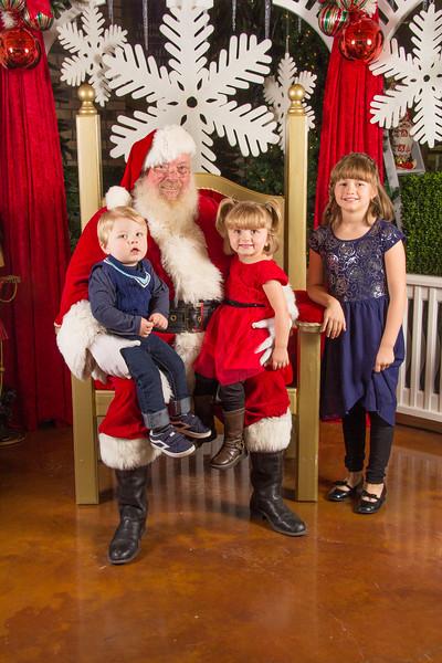 Santa 12-16-17-311.jpg