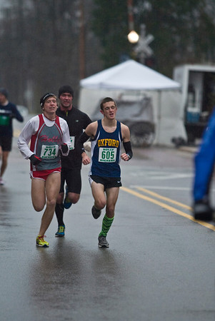 5K at 1 Mile mark downtown Holly - 2012 Run Like the Dickens
