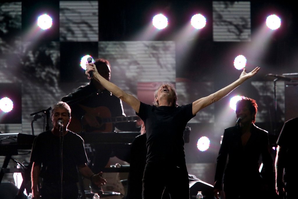 . Roger Waters, a founding member of the band Pink Floyd, performs during the 12-12-12 benefit concert for victims of Hurricane Sandy, at Madison Square Garden in New York, Dec. 12, 2012. The concert features a lineup of artists spanning five decades. (Damon Winter/The New York Times)