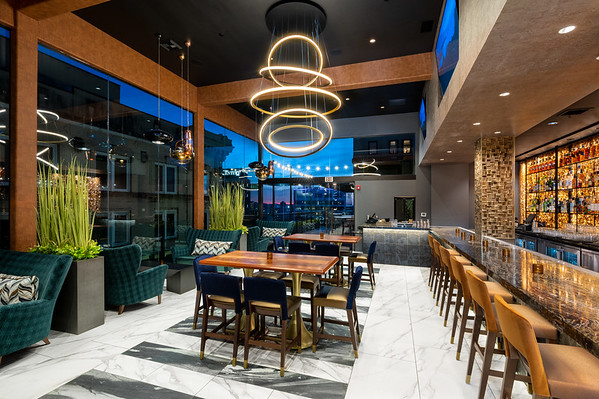 Five Thirty Lounge - Hyatt Place Knoxville