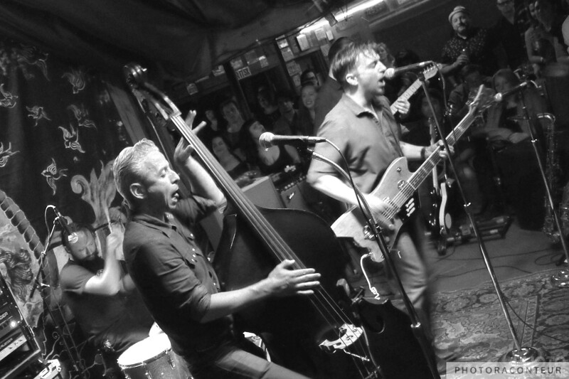 JD McPherson at Pappy + Harriet's in Pioneertown, California on the 29th of May 2015