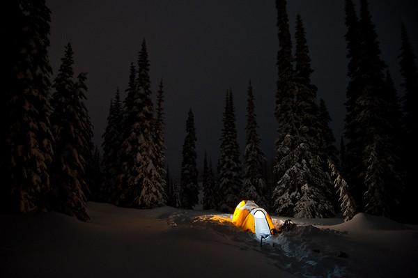2011-1-8  Camping at Paradise
