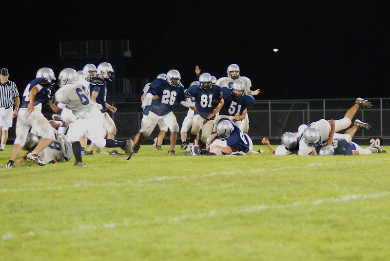 blue and silver scrimmage 096.JPG
