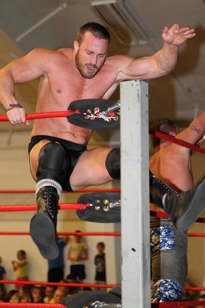 wrestling518.JPG