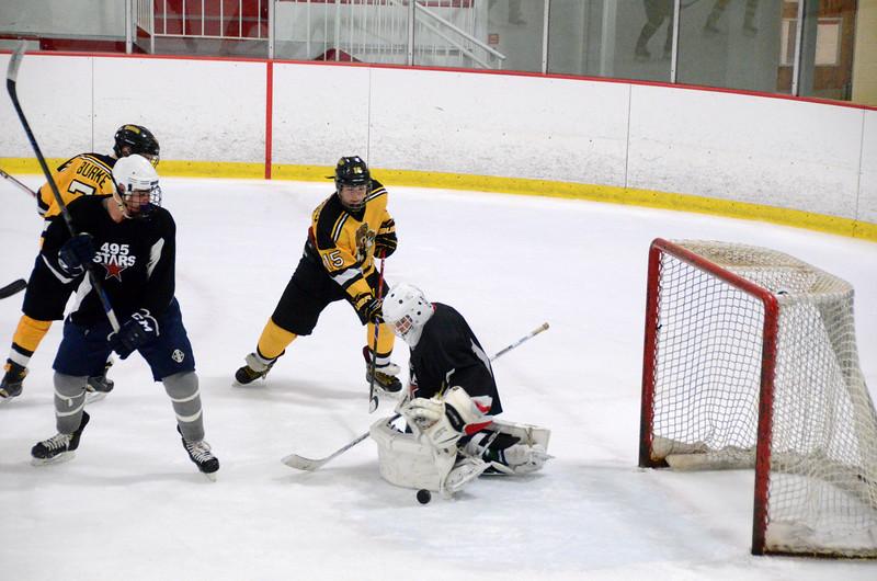140913 Jr. Bruins vs. 495 Stars-041.JPG
