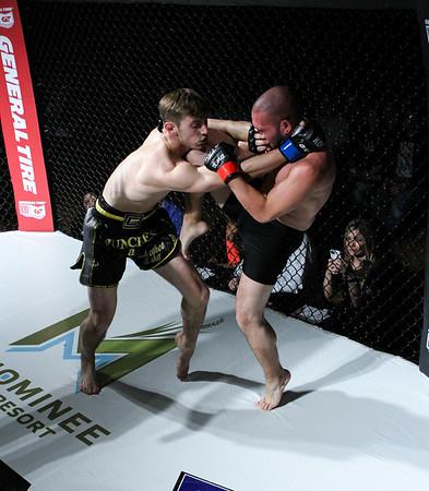 Jason Raes vs Raven Welsch