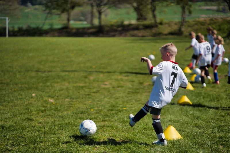 hsv-fussballschule---wochendendcamp-hannm-am-22-und-23042019-w-70_46814457255_o.jpg