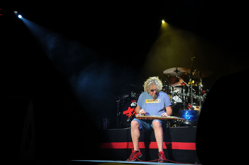 . Sammy Hagar takes a seat and plays. (Pioneer Press: Sherri LaRose-Chiglo)