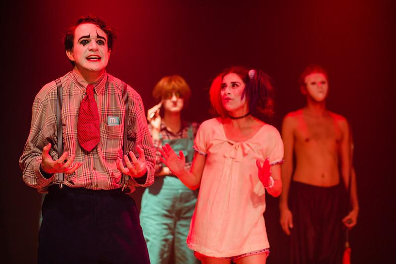 Allan Bravos - essenCIA Teatro - Persona 07-502.jpg