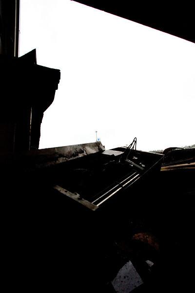 _MG_9240~-(Houseboat_fire).jpg
