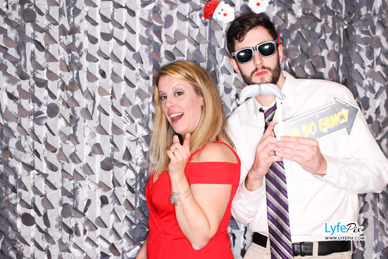 red-hawk-2017-holiday-party-beltsville-maryland-sheraton-photo-booth-0159.jpg