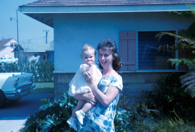 0232 - Mom, Linda (4-63).jpg
