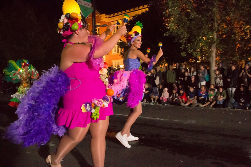 Fringe-Parade-Credit-Nathaniel-Mason-6800.jpg