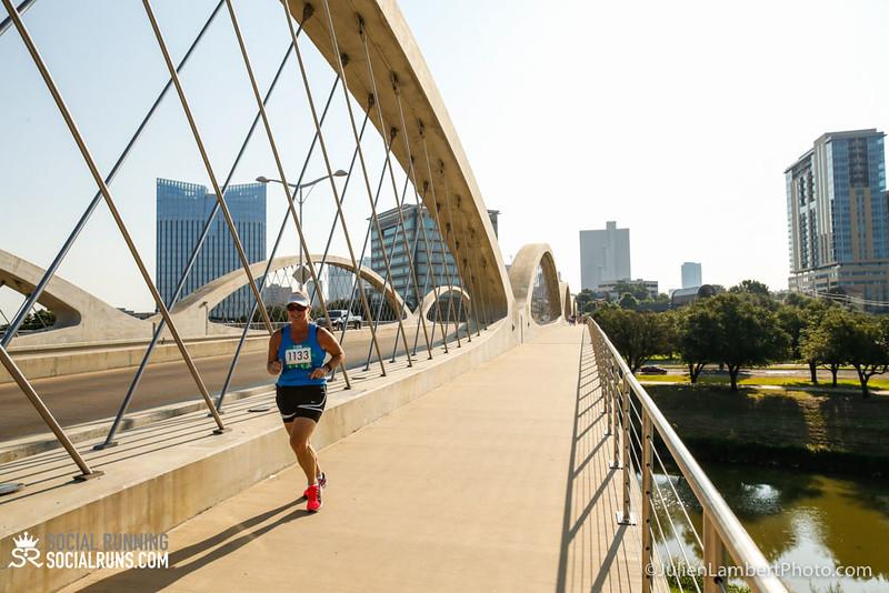 Fort Worth-Social Running_917-0311.jpg
