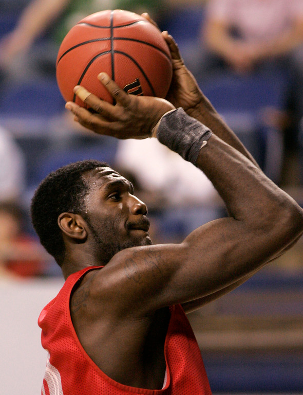 . Ohio State center Greg Oden shoots a free throw during team practice in Lexington, Ky., Wednesday, March 14, 2007. Ohio St. faces Central Connecticut St. Thursday in the first round of the NCAA Men\'s Basketball Tournament. (AP Photo/Al Behrman)
