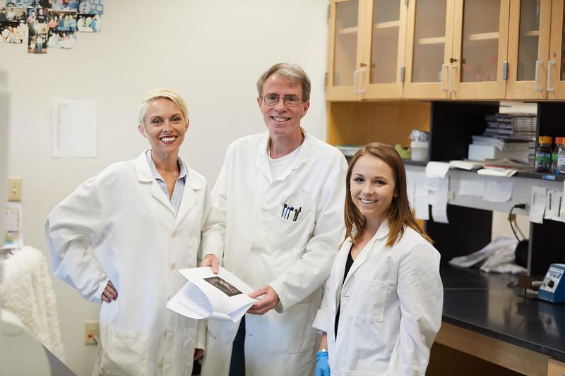 2018 UWL Bill Schwan Allison Zank Lillian Schulte Molecular Biology Lab 0069.jpg