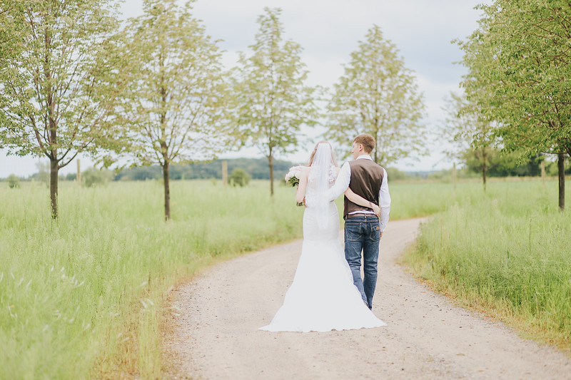 Krotz Wedding-128.jpg