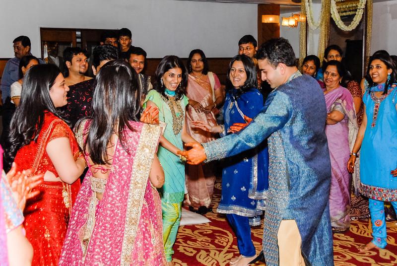 Wedding_Bombay_1206_414-2.jpg