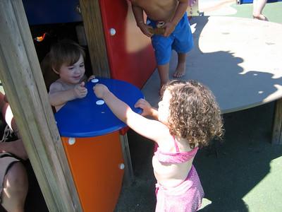 Sprinkler Park in Glenview (7/17/06)