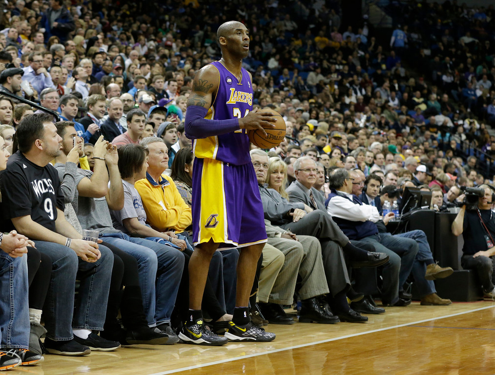 . Los Angeles Lakers\' Kobe Bryant is shown in the first quarter of an NBA basketball game against the Minnesota Timberwolves Wednesday, March 27, 2013 in Minneapolis. (AP Photo/Jim Mone)