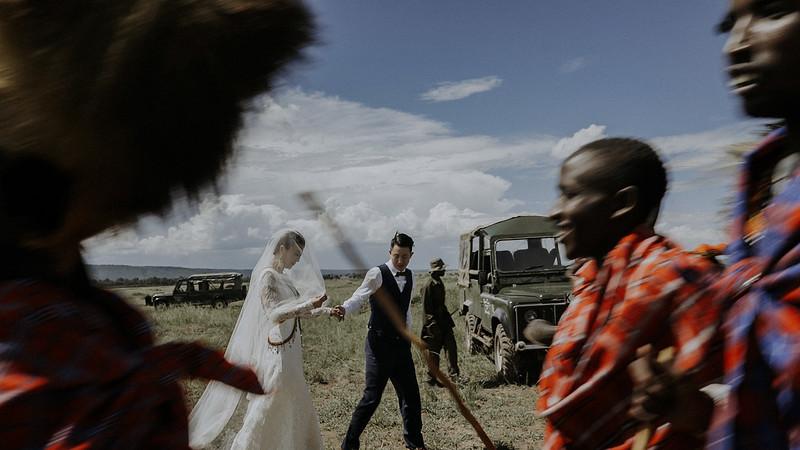 Tu-Nguyen-Destination-Wedding-Photographer-Kenya-Masai-Mara-Elopement-Doris-Sam-307.jpg