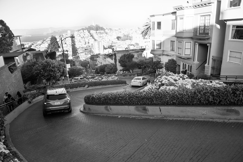2019 San Francisco Yosemite Vacation 108 - Lombard Street.jpg