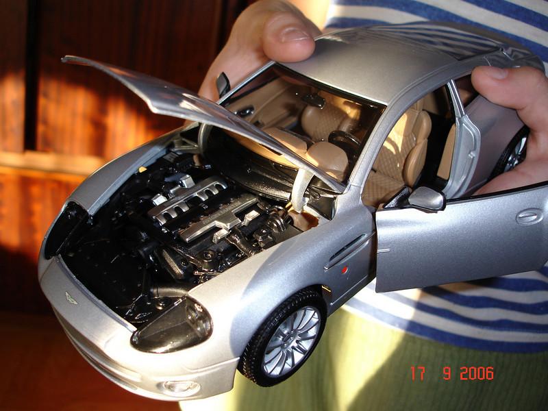 2006-09-17 Aston Martin 03.JPG