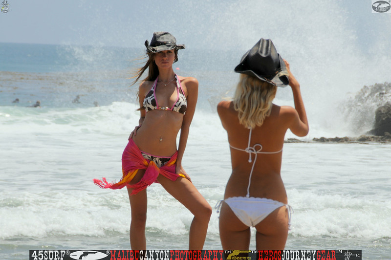 leo carillos surf's up beautiful swimsuit model 45surf 1560,4,4,,4