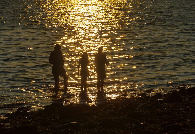 Sunset-glare-mom-elijah-grace2.jpg