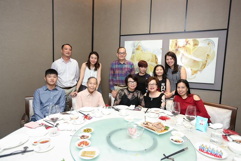 VividSnaps-Anne-Wong's-70th-Birthday-WO-Border-28586.JPG