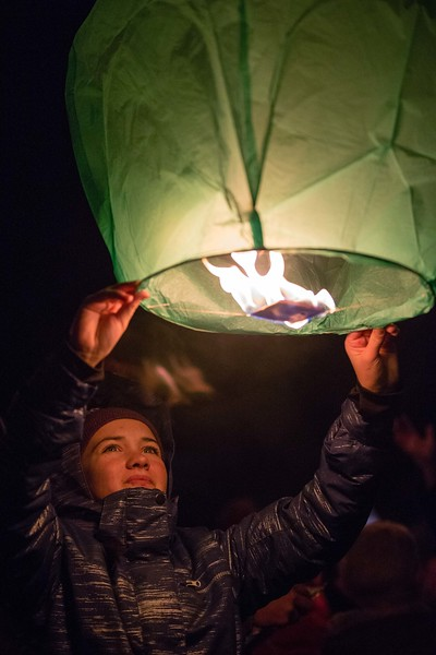 Holly Days Lantern Launch-35.jpg