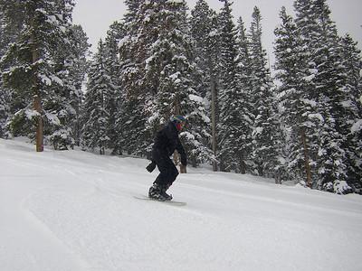2009-01-Snowboarding-Dad