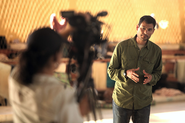 Al-Jazeera English Brazil Correspondent Gabriel Elizondo on assignment in the Brazilian Amazonian state of Acre. (Douglas Engle/Australfoto)