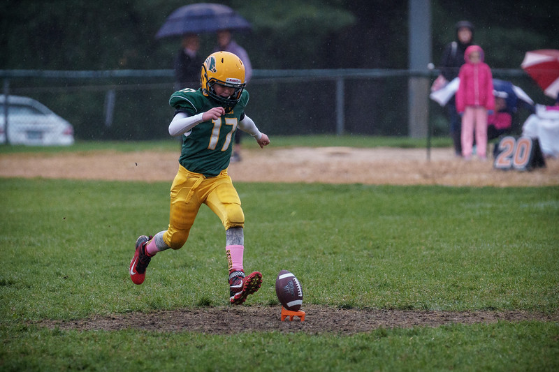 20161001-174444_[Razorbacks 9U - G6 vs. Londonderry]_0031_Archive.jpg