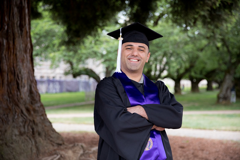Jacob-UWGrad2019-018.jpg