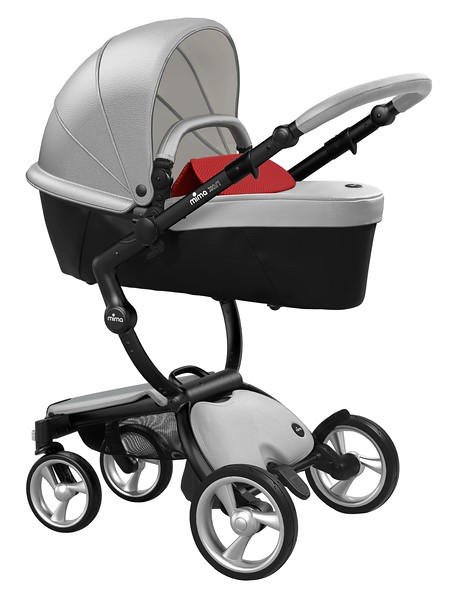 Mima_Xari_Product_Shot_Argento_Black_Chassis_Red_Carrycot.jpg