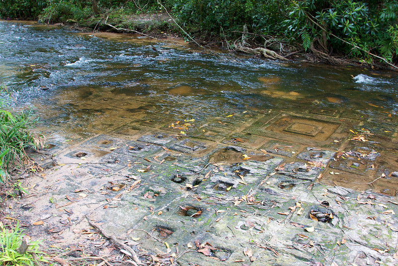 Phnom Kulen area. 1000 Lingas are carved in the river bed.