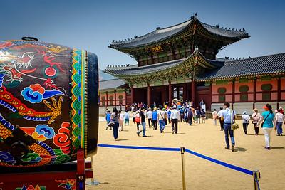 Finding Seoul with my Fujifilm X100S