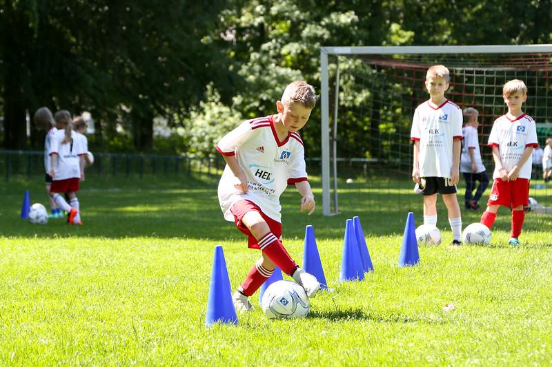hsv_fussballschule-446_48047997593_o.jpg