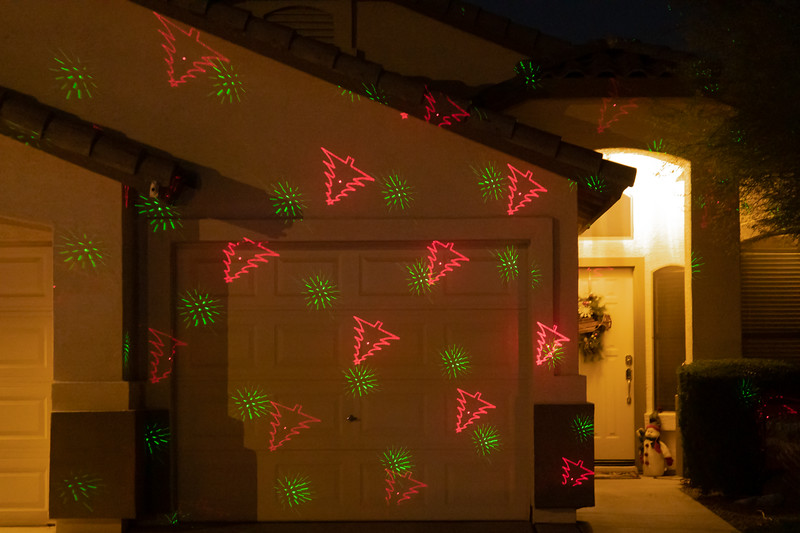 Phoenix Adobe Highlands Neighborhood Lights December 24, 2018  12.jpg